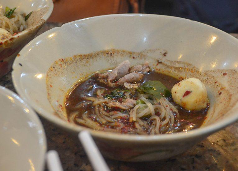 Boat Noodles, Thai Noodle Soups in Thailand