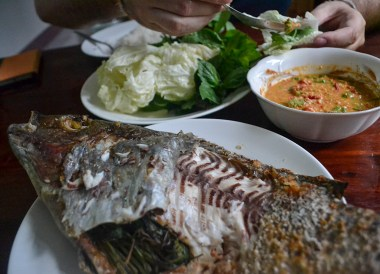 Pla Pao, Thai Isaan Food, Eating in Northeastern Thailand