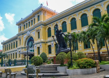 Post Office, Le Méridien Saigon Riverside Hotel in Ho Chi Minh