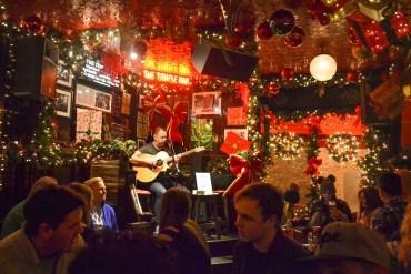 Christmas Music, Christmas in Dublin City Centre Ireland