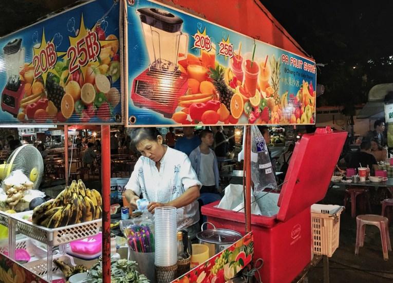 Pa Fruit Shake, Best Vegan Restaurants in Chiang Mai