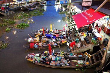 Amphawa Floating Market, Best Markets in Bangkok for Tourists