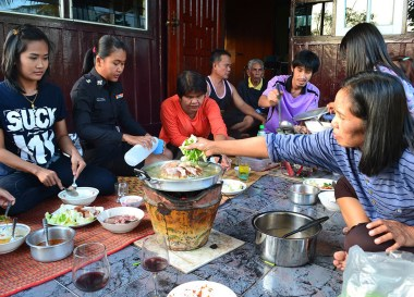 Thai Isaan Food, Eating in Northeastern Thailand