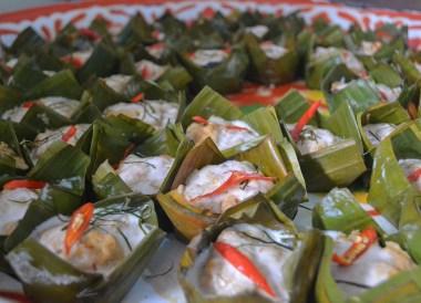 Ho Mok, Thai Isaan Food, Eating in Northeastern Thailand