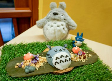 Sleeping Totoro Dessert, Bangkok Totoro Cafe Restaurant Sukhumvit 29