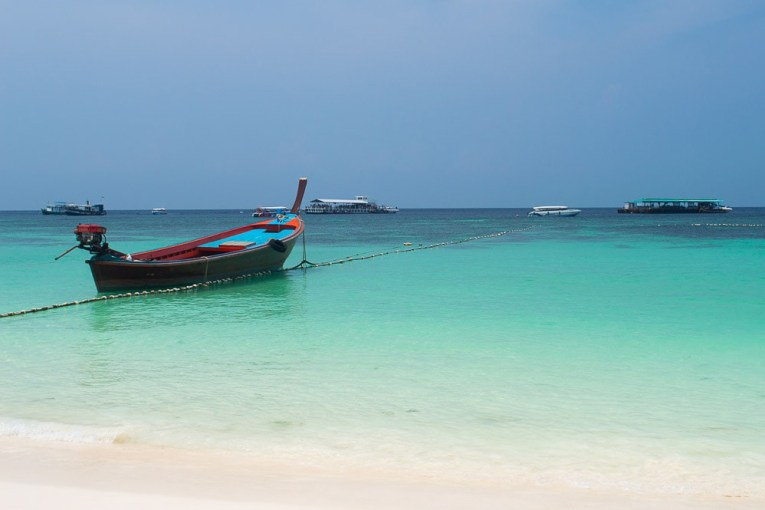 Swimming Pattaya Beach, Things to do in koh lipe island Thailand