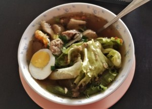 Gao Lao Soup, Thai Street Food Backpackers Favourite Snacks in Thailand