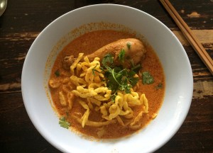 Khao Soi Curry, Thai Street Food Backpackers Favourite Snacks in Thailand
