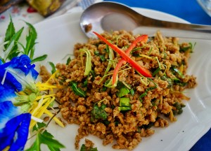 Khua Kling Curry, Thai Street Food Backpackers Favourite Snacks in Thailand