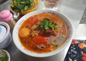 Tomato Crab Soup, Best Asian Street Food Eating Cheap in Asia
