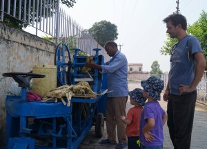 Cane Juice in India, Best Asian Street Food Eating Cheap in Asia