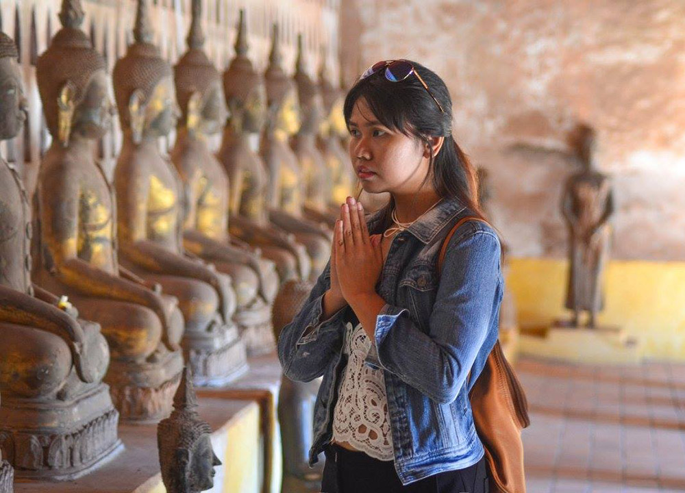 Fanfan Wilson Thai Travel Blogger in Vientiane Laos Asia