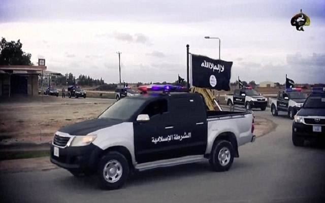 LLL - Live and Let Live - ISIS orders to the citizens of Mosul to replace their license plates by the end of this month
