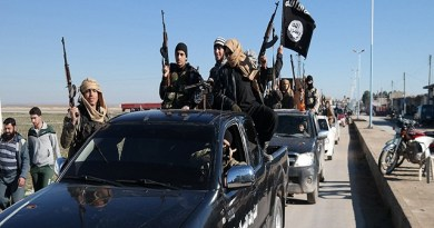 LLL - Live and Let Live - ISIS militants set fire on oil wells in the Iraqi town of al-Qayyarah