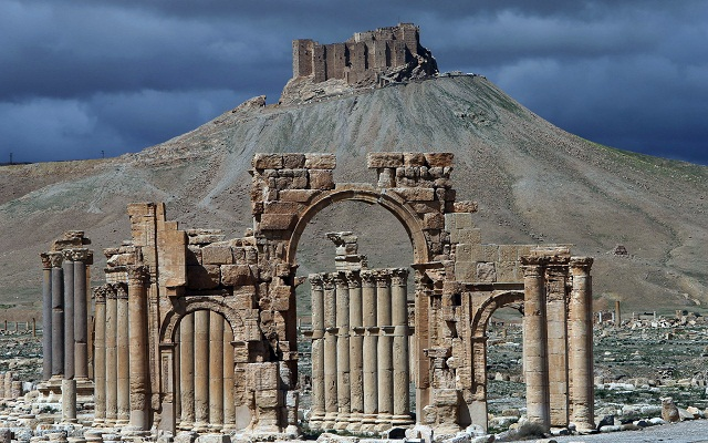 LLL-Live Let Live-Islamic State militants make advances towards the Syrian ancient city of Palmyra