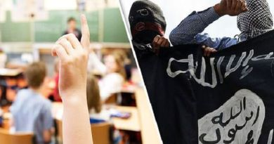 LLL-Live Let Live-London schoolboy pledge allegiance to ISIS in classroom after watching the group beheadings online