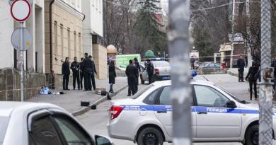LLL-Live Let Live-Russian authorities detain possible accomplices of presumed St. Petersburg bomber