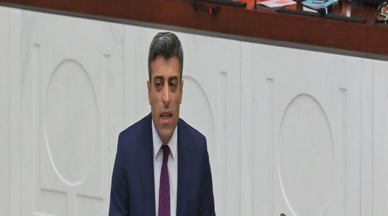 """LLL-Live Let Live-Turkish former diplomat tells foreign minister - """"You sold us to ISIS"""""""
