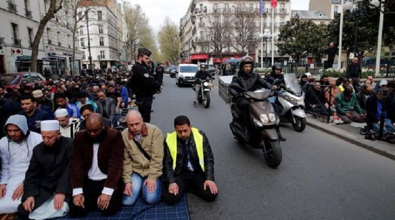 LLL-Live Let Live-Paris suburb becomes 'a state within a state' in France's struggle with radical Islam