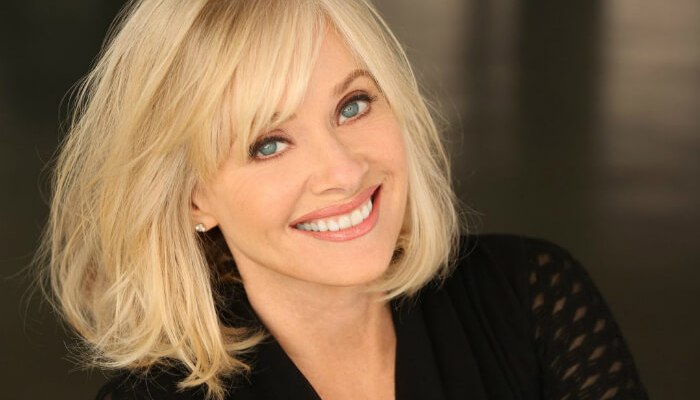 Barbara Crampton will receive the lifetime achievement award at Grimmfest