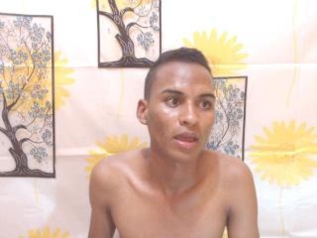 Sweetsexylati Live Brunette Latino Medium Cock Male Cock Teen Trimmed