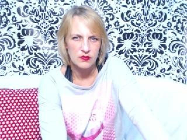 Luisasun Live Mature Webcam Blue Eyes Caucasian Hot Brunette Pussy