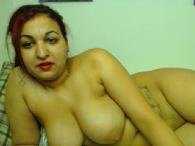 Bustykarla Live Tits Large Tits Brown Eyes Brunette Shaved Pussy