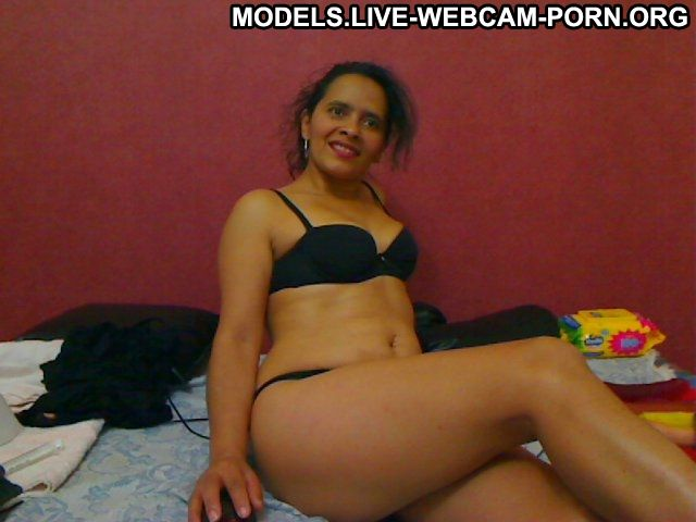 Amarysohot Cuban Cougar Milf 5 Stars Medium Tits Mature Wet