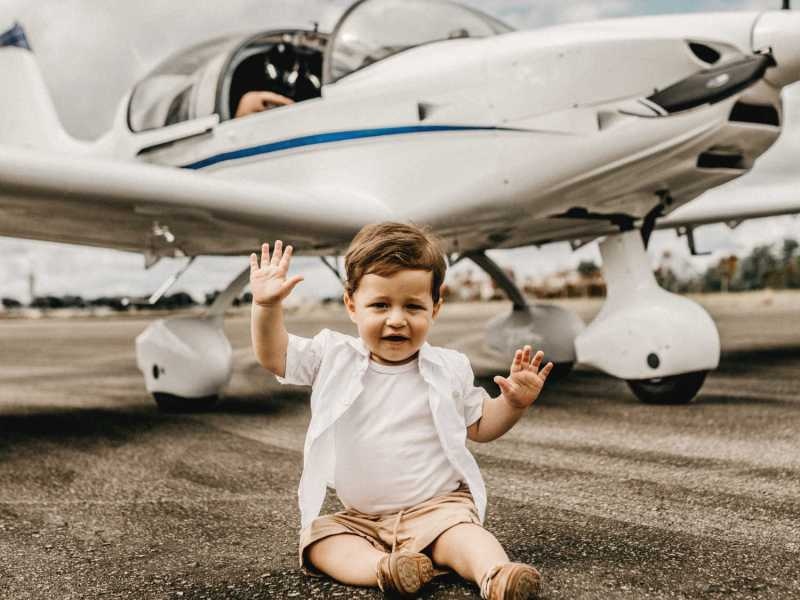 Flying with baby on an airplane