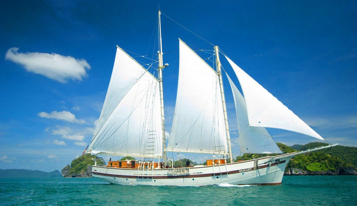 Pinisi Traditional Sail Ship