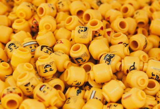 Make money from your clutter, even Lego