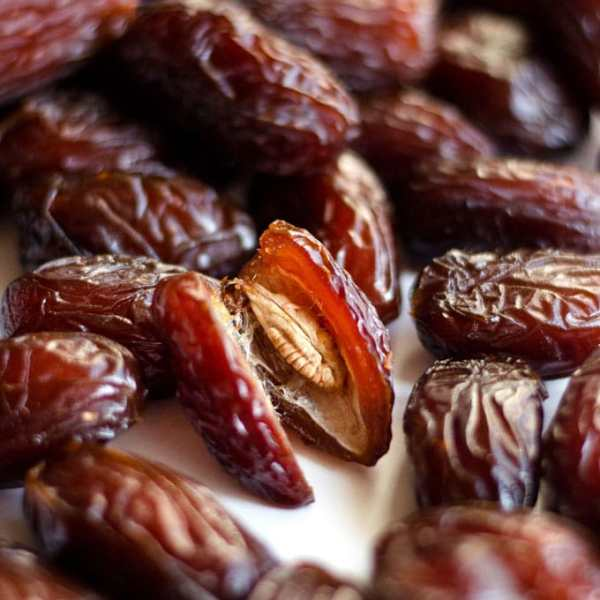 Everything you need to know about the delicious Middle Eastern fruit...dates! From the different varieties to storage tips to nutritional information.