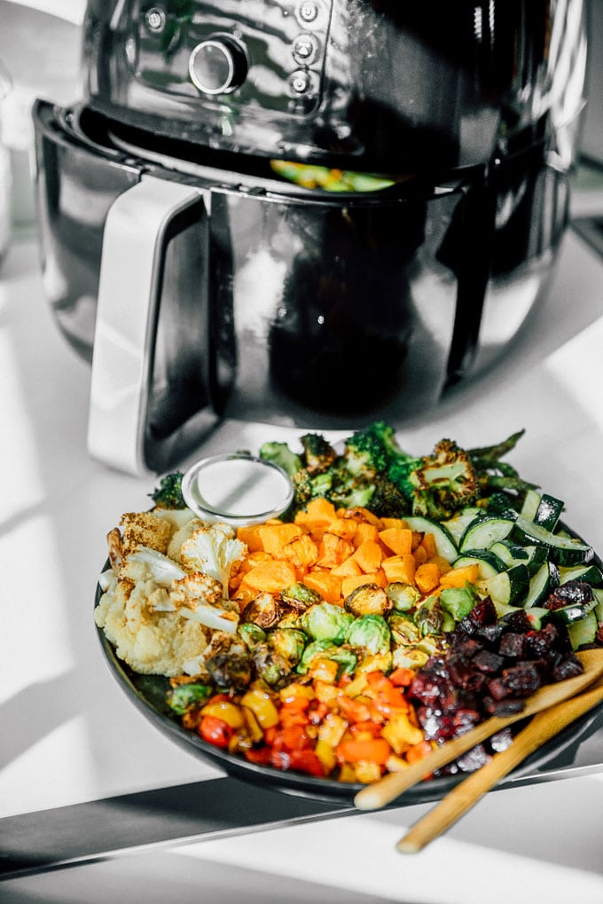 Roasted vegetables in an air fryer - Your ultimate guide to air fryer vegetables! How to air fry virtually any vegetable into perfectly cooked, healthy deliciousness.