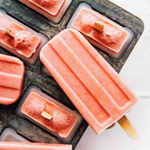 3 Ingredient Creamy Strawberry Popsicles