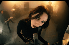 "Watch Chelsea Wolfe's ""16 Psyche"" Video"