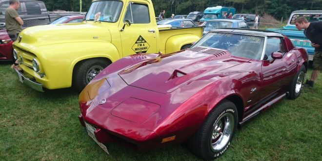 Classic Cars And Motor Show Events For Vintage Car Fanatics - Classic show cars