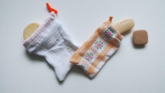 DIY- Seifensäckchen aus Stoffresten. Upcycling Projekt für eure Seife und euer festes Shampoo
