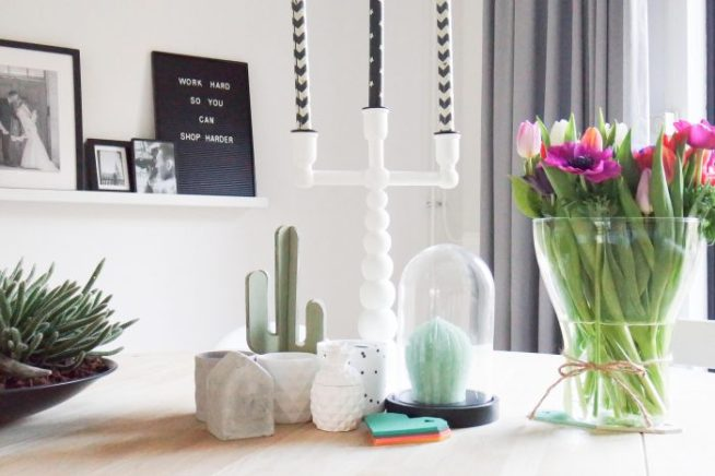 Styling tip - mix and match eetkamerstoelen