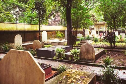 The Baha'i section of the graveyard. Photographs by Nayan Shah/Mint<br />