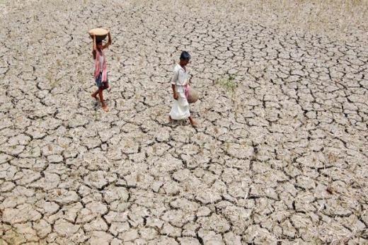 Urban rationing seems to be the main focus during water crises in India. Photo: AFP