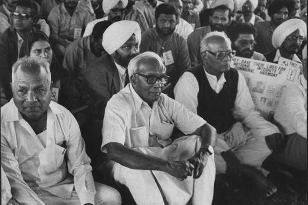 E.M.S. Namboodiripad (centre) at a 'dharna' in Delhi in 1989. Photo: Hindustan Times