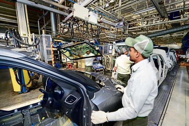 SIAM said vehicle manufacturers are staring at production stoppage if there is no resolution of the issues over restrictions imposed on domestic manufacturers using imported steel. Photo: Ramesh Pathania/Mint.