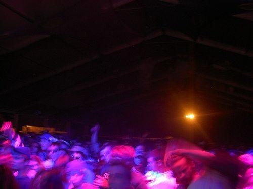sts9-crowd1.jpg