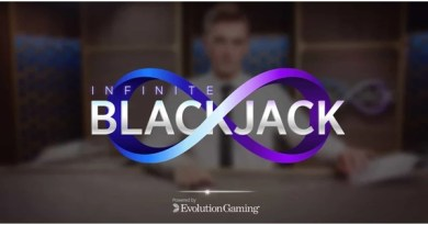 How to play Live Infinite Blackjack in Canada