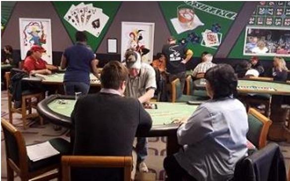 Live dealer casino schools