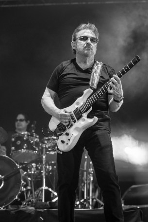blue-oyster-cult-hellfest-18-06-2017-02
