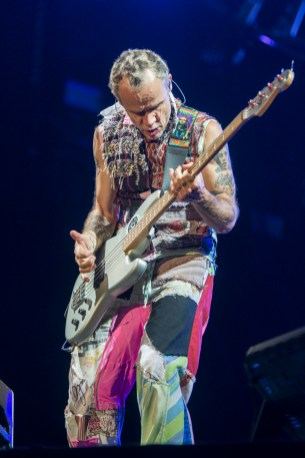 red-hot-chili-peppers-festival-nyon-18-07-2017-16