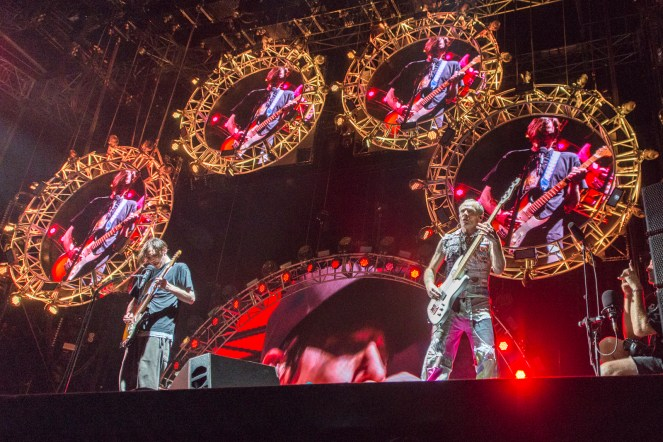 red-hot-chili-peppers-festival-nyon-18-07-2017-22