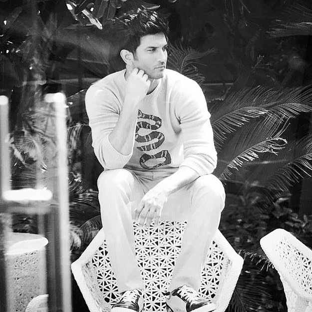 Bollywood Actor Sushant Singh Rajput commits suicide at Mumbai home
