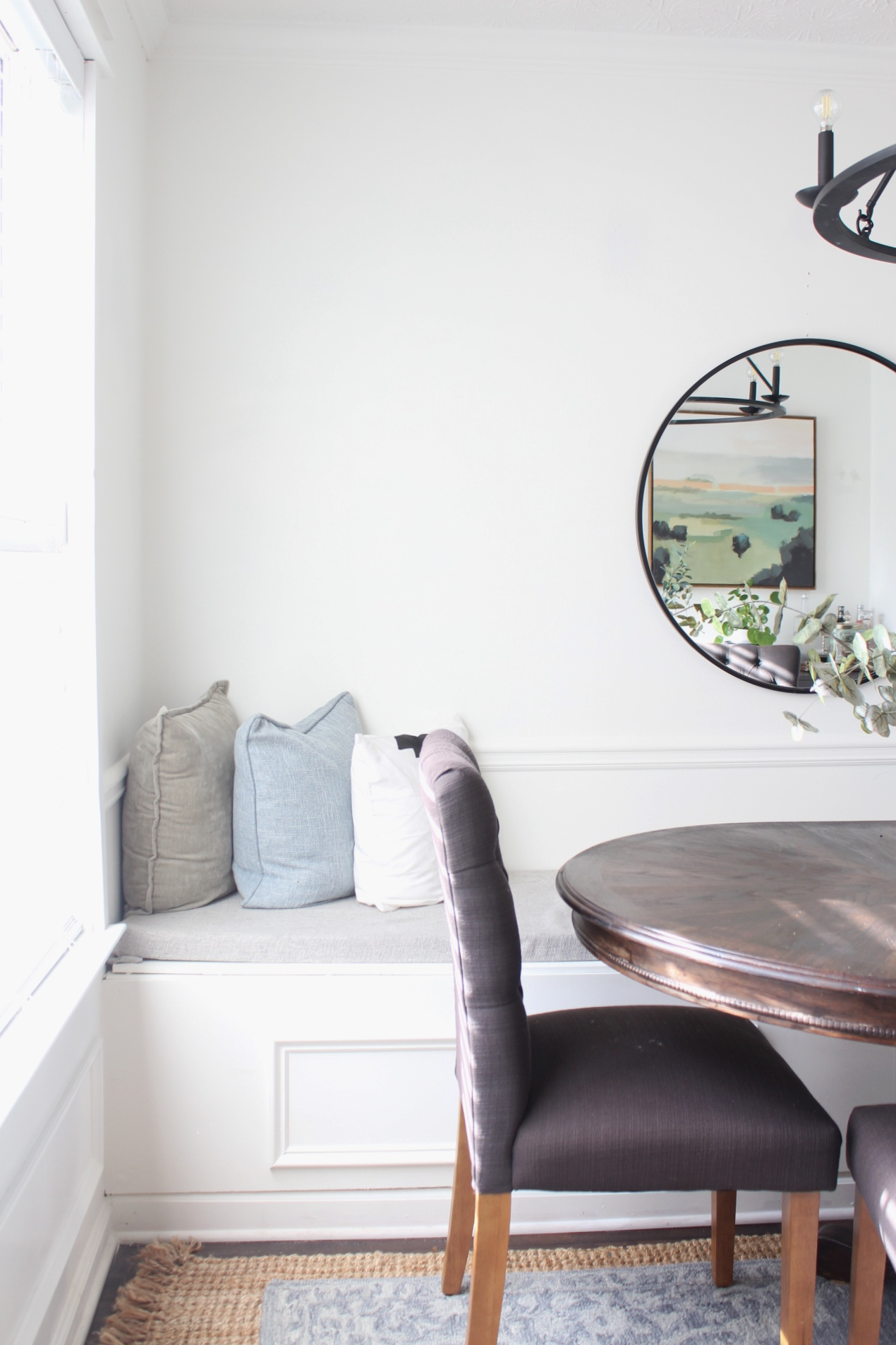 A Diy Built In Bench With Storage Tutorial For Any Space Of Your Home